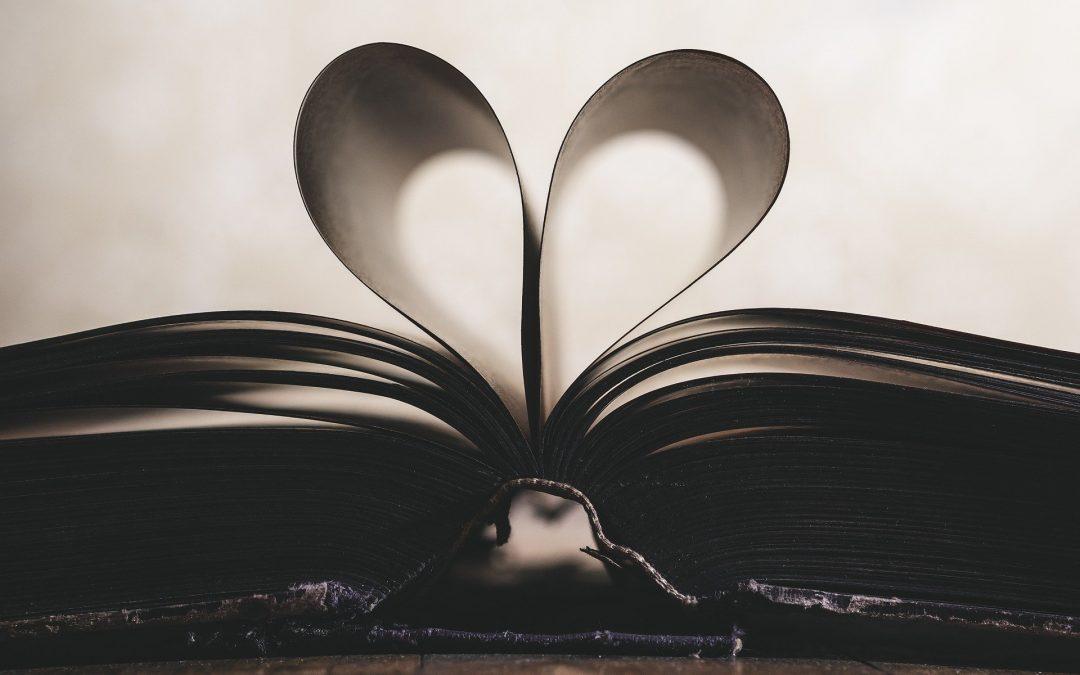 Kis Szerelmes Himnuszok (Szégyen A Szó)